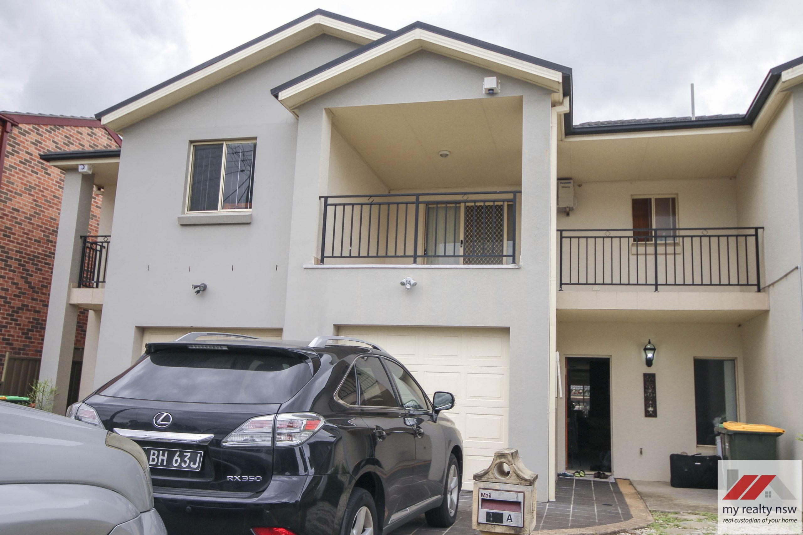Beautiful render town house at last in the heart of Ingleburn